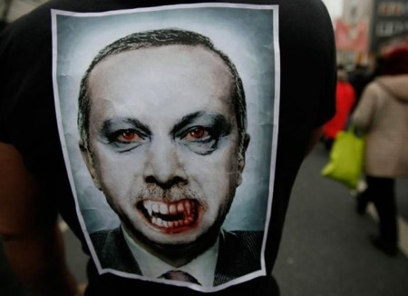 TURKEY_-_occupy-gezi-protests-erdogan-450x326