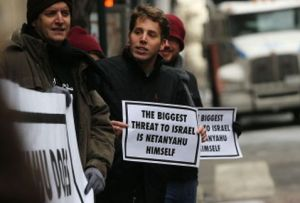 Manifestantes-Netanyahu-Israel-Manhattan-Nueva_MILIMA20150303_0321_11