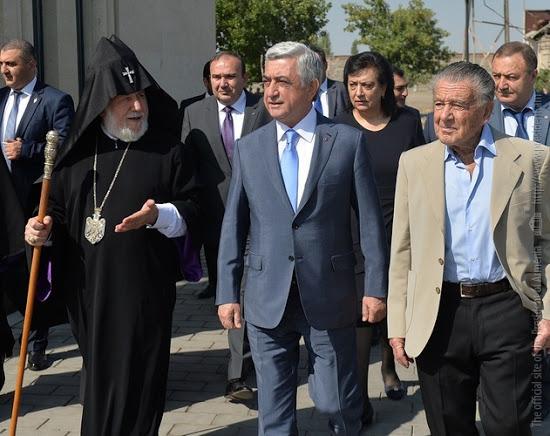 Resultado de imagen para Eurnekian, héroe nacional de Armenia
